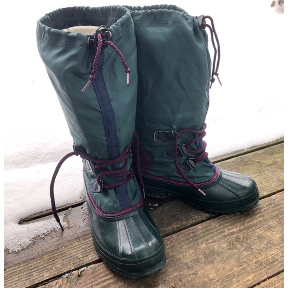 official store check out arriving Vintage Sorel Freestyle Snow Boots women's size 7